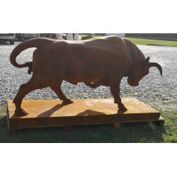Large Cast Iron Sculpture - Bull with Head Down